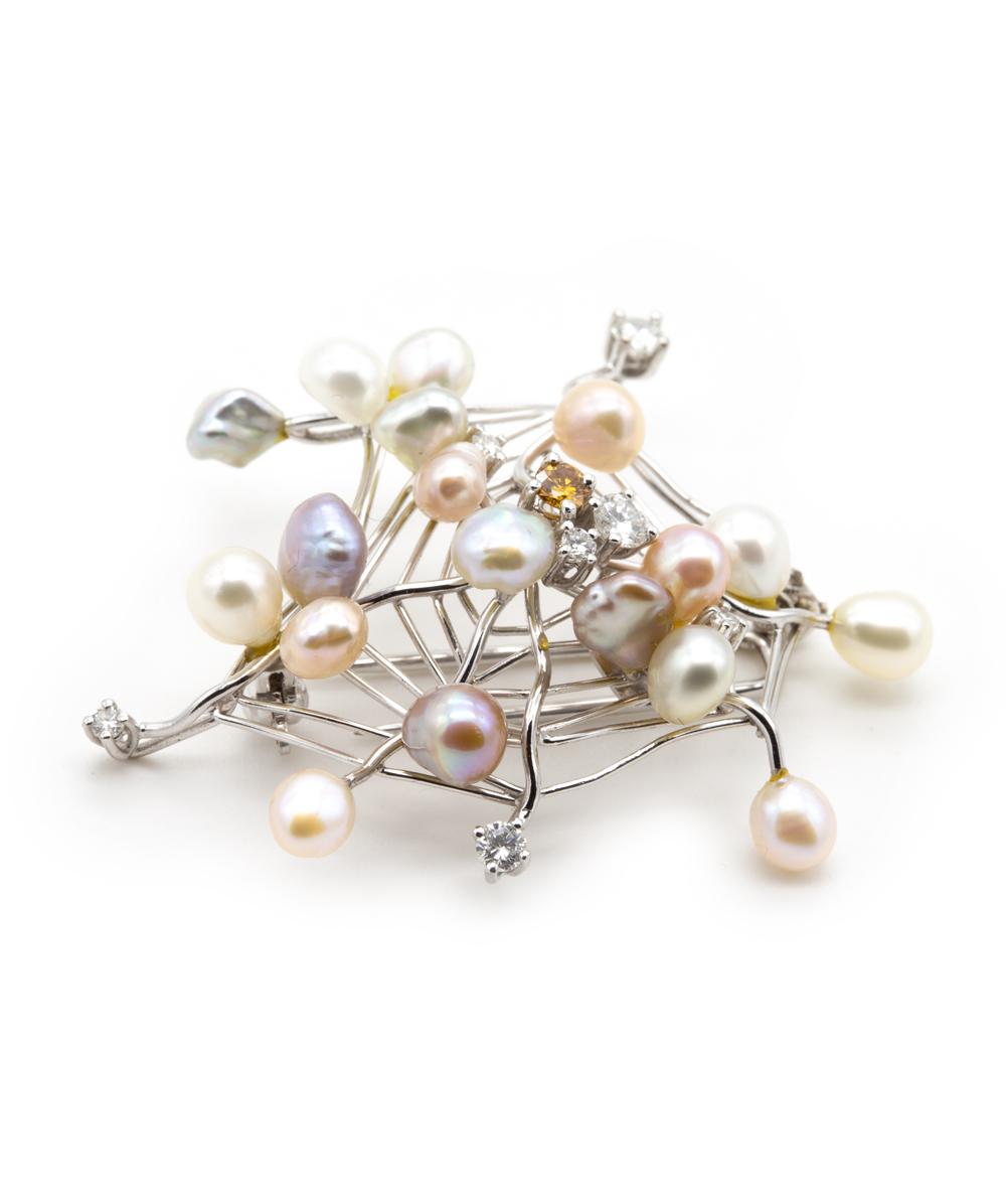 Nadel mit Brillanten und Perlen 750er Weißgold