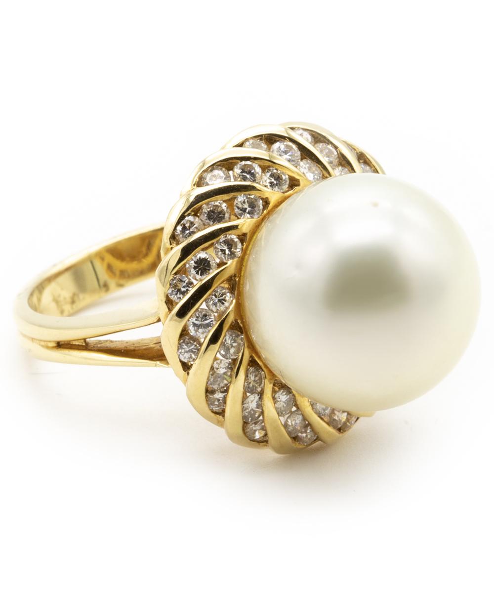 Ring mit Perle und Brillanten 750er Gelbgold