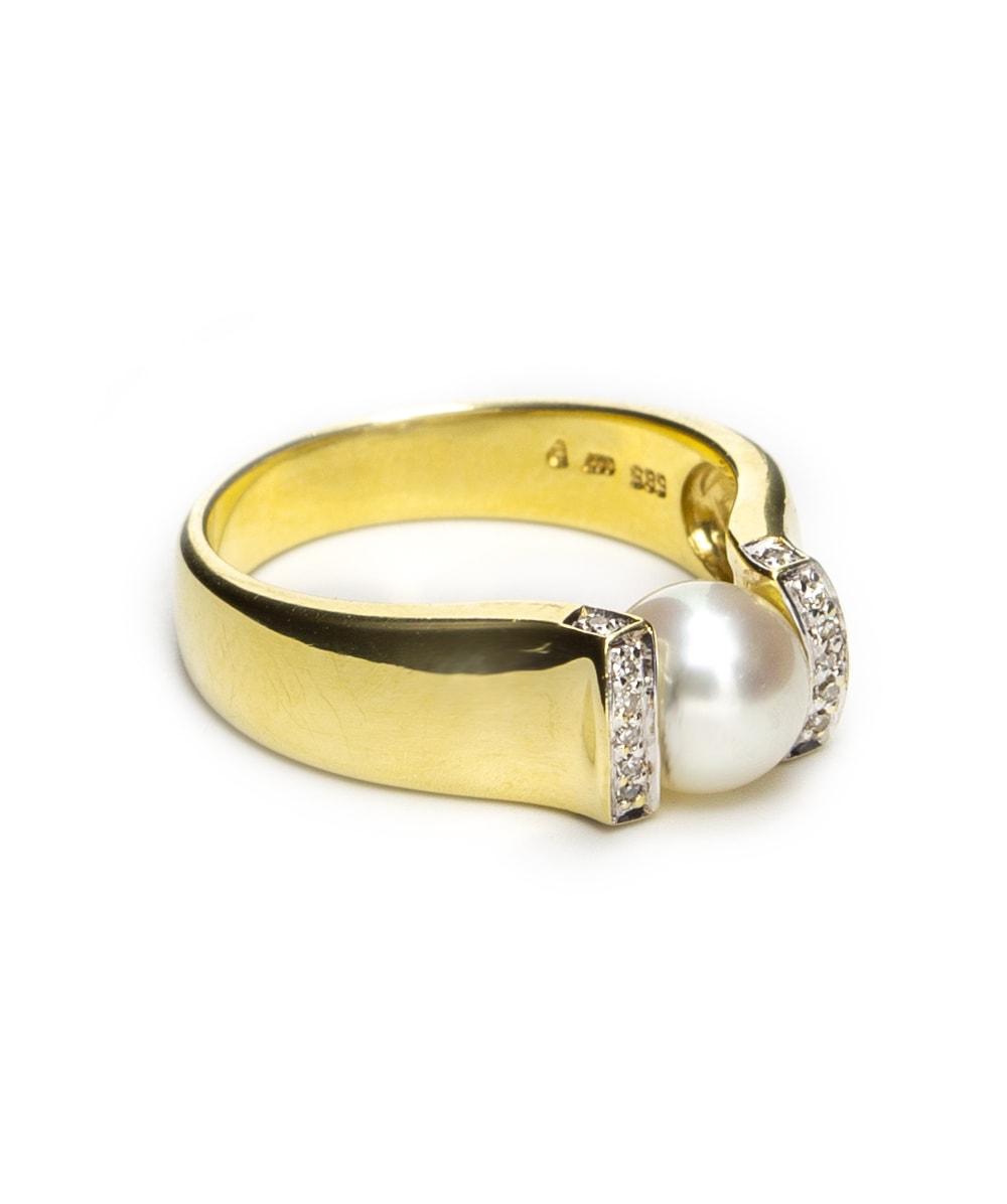 Ring mit Perle und Diamanten 585er Gold
