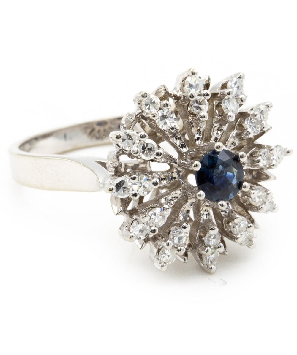 Ring mit Saphir und Diamanten 585er Weißgold