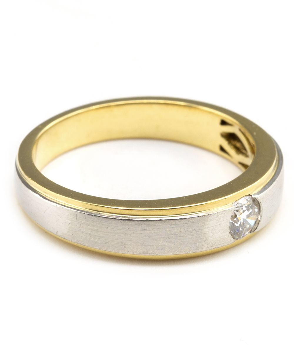 Ring mit Brillantsolitär 750er Gold bicolor